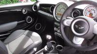 2007 MINI Hatch Cooper 1.6 3dr image 4