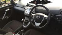 2011 Toyota Verso 2.0 image 4