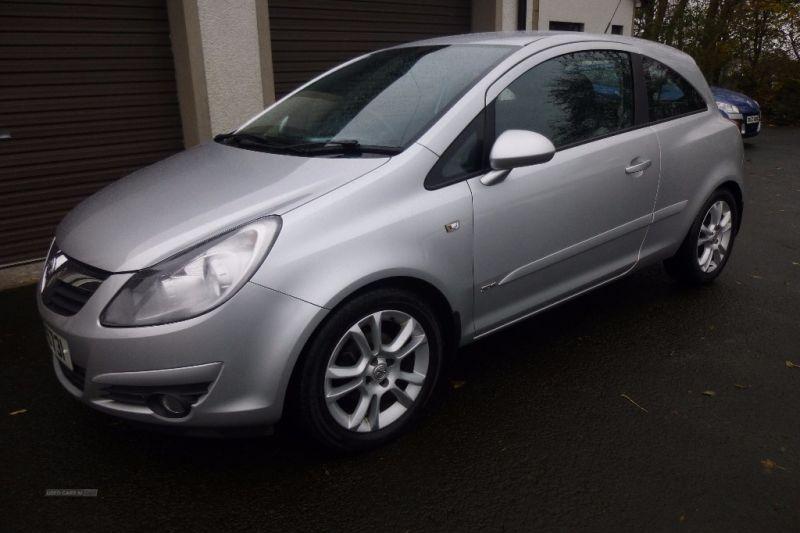 2007 Vauxhall Corsa SXI 1.2 3dr image 2