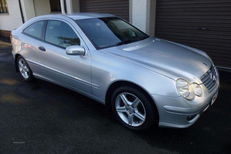 2005 Mercedes Coupe C220 CDi SE image 1