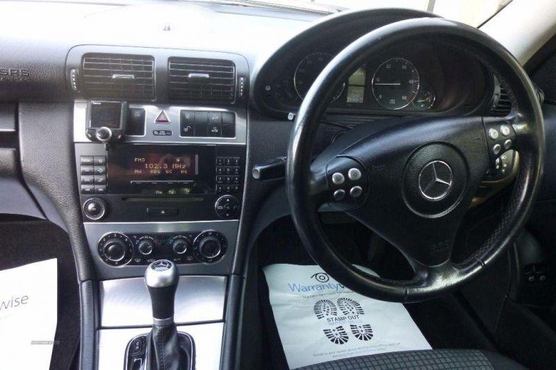 2005 Mercedes Coupe C220 CDi SE image 5
