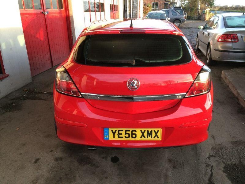 2006 Vauxhall Astra 1.8 i 16v SRi Sport image 3
