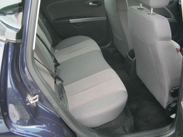 2011 SEAT LEON 1.6 CR TDI SE DSG 5d image 5