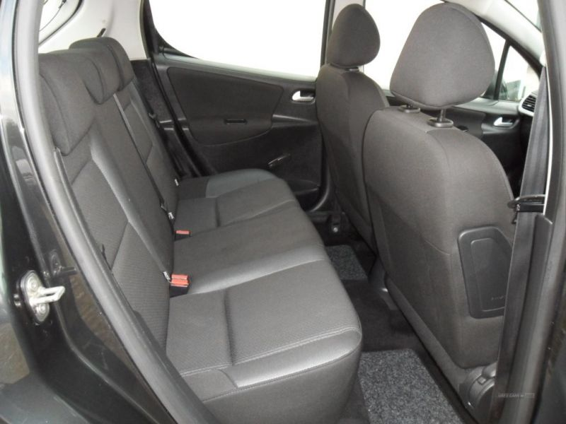 2012 Peugeot 207 1.6 ACTIVE HDI image 5