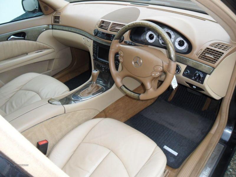 2007 Mercedes E-Class 320 CDI image 4