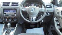 2012 Volkswagen Jetta 1.6 TDI SE 4dr image 4