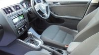 2012 Volkswagen Jetta 1.6 TDI SE 4dr image 5