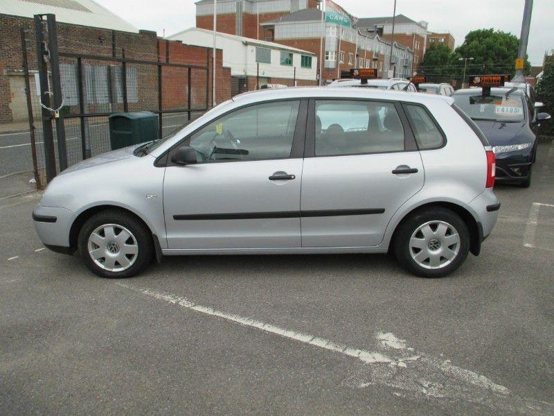 2004 Volkswagen Polo 1.2 5d image 2
