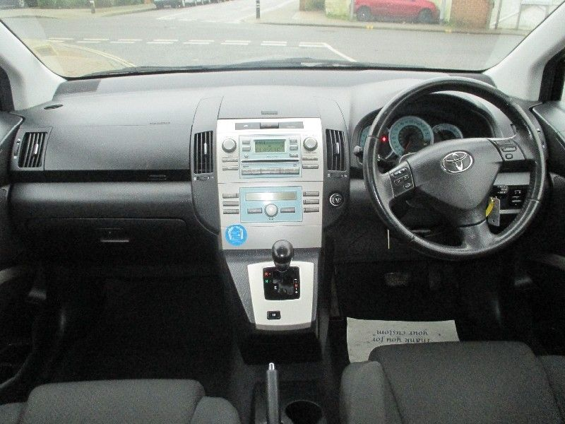 2005 Toyota Verso 1.8 VVT-i T3 5d image 4