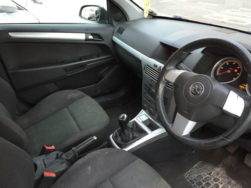 2007 Vauxhall Astravan 1.7CDTi Sportive Panel Van image 4