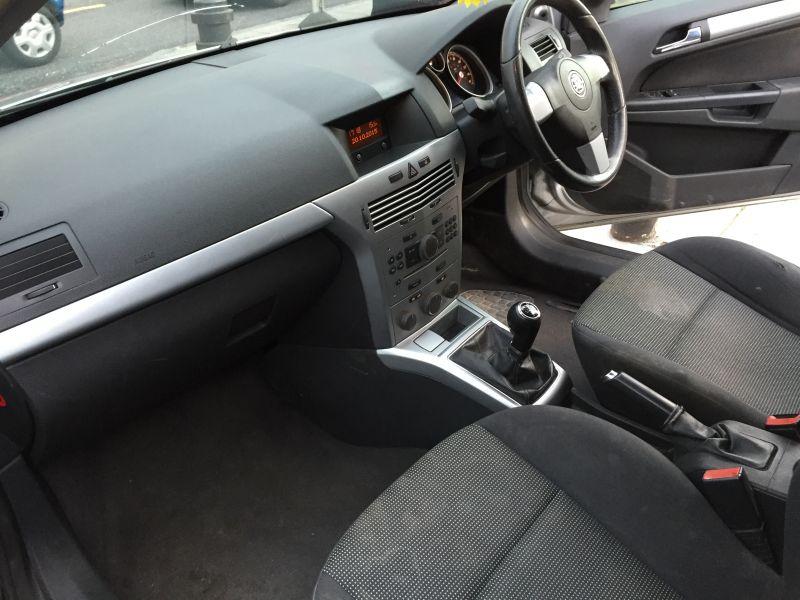 2007 Vauxhall Astravan 1.7CDTi Sportive Panel Van image 5