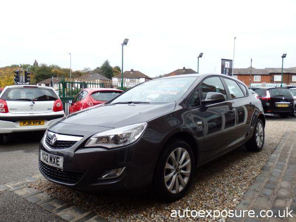2012 Vauxhall Astra 1.4i 16V Active image 2
