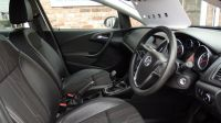 2012 Vauxhall Astra 1.4i 16V Active image 4