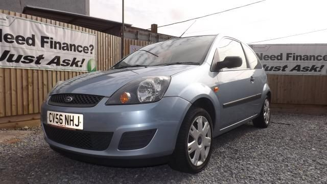 2006 FORD FIESTA 1.2 STYLE 16V 3d image 2