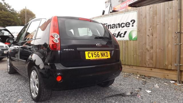 2006 FORD FIESTA 1.2 STYLE CLIMATE 16V 5d image 3