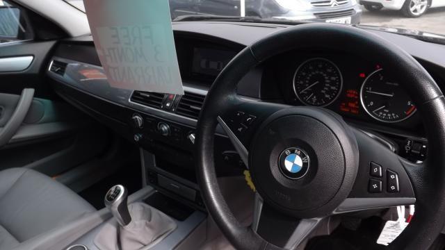 2008 BMW 5 SERIES 2.0 520D SE 4d image 4